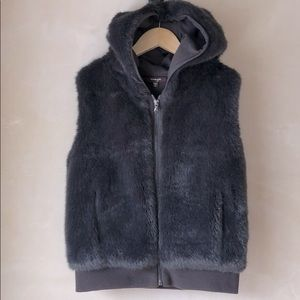 Imoga girls faux fur hooded vest